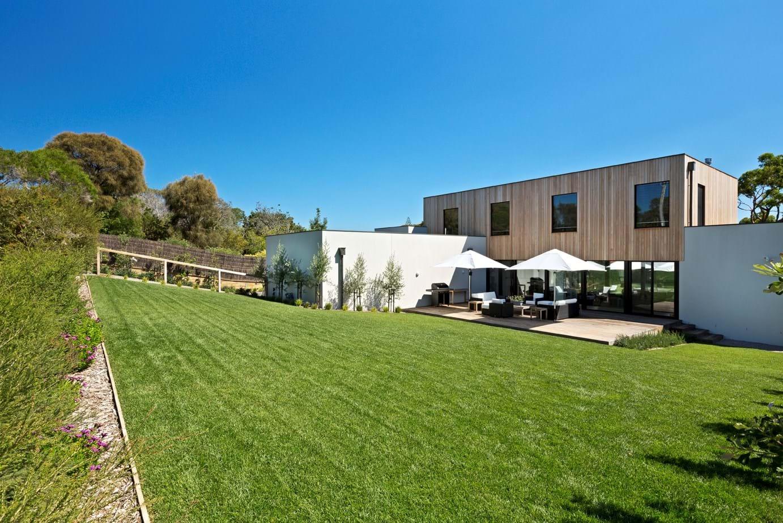 Portsea garden yard