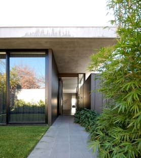 Kew front entrance r